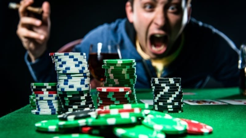 Playing online gambling is full of calculations to be safer