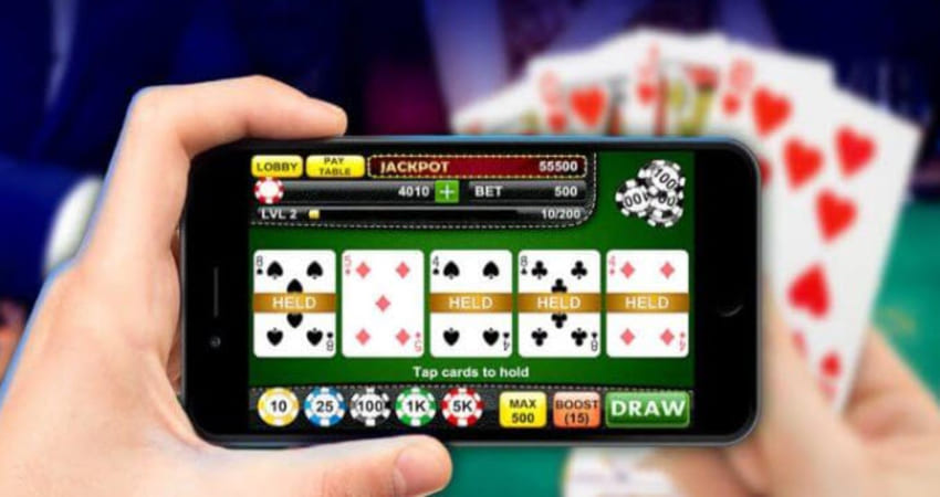 The Best Online Poker Playing Strategy