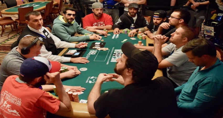 The Best Strategy to Play Poker Online