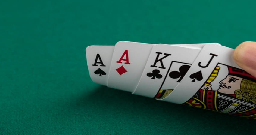Tricks to Play Poker Online