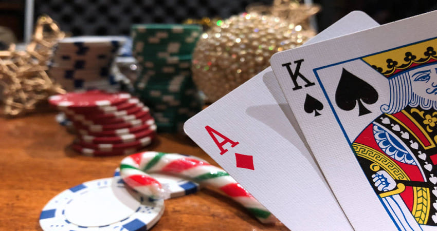 Easy Ways to Win Playing Poker Online